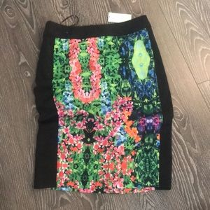 Dresses & Skirts - CLEARANCE! BRAND BEW floral midi skirt size M